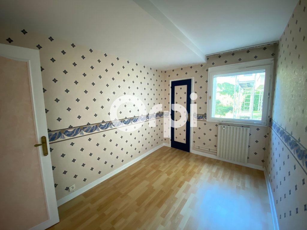 Appartement à vendre 5 89.07m2 à Mantes-la-Jolie vignette-6
