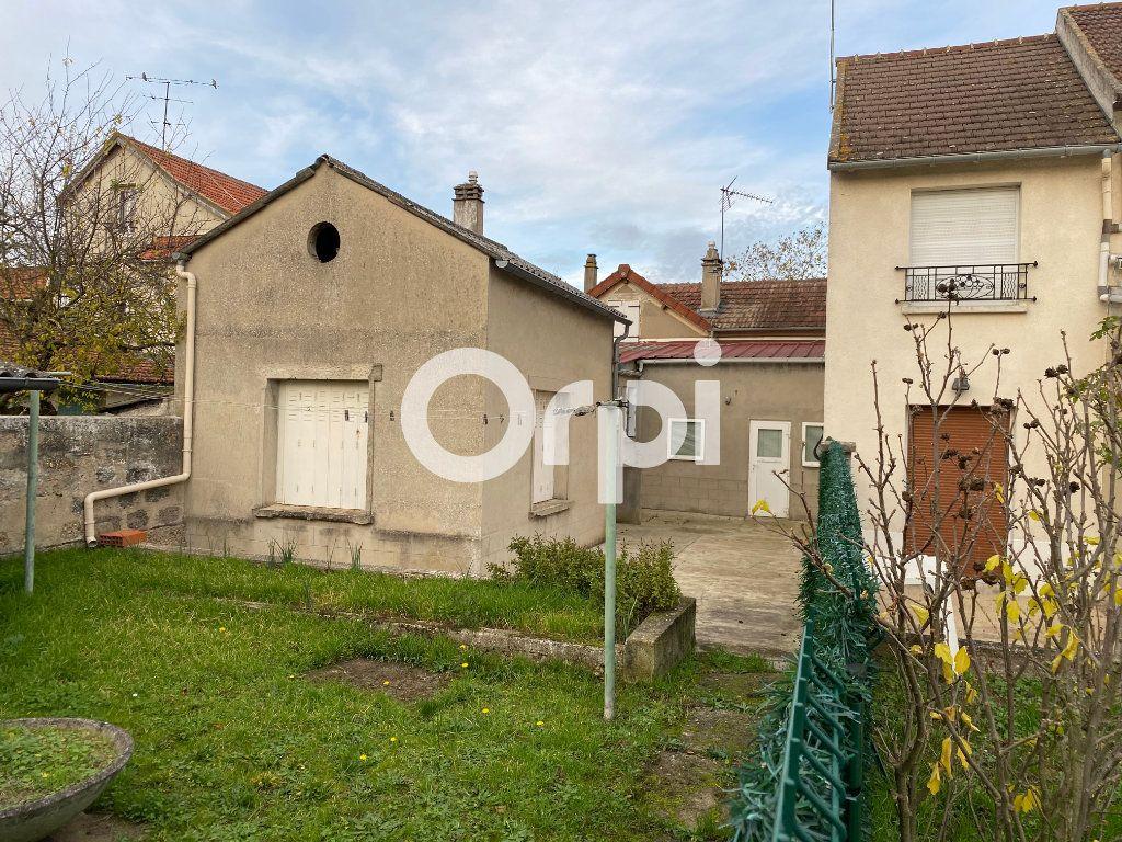 Maison à vendre 3 90m2 à Mantes-la-Jolie vignette-1