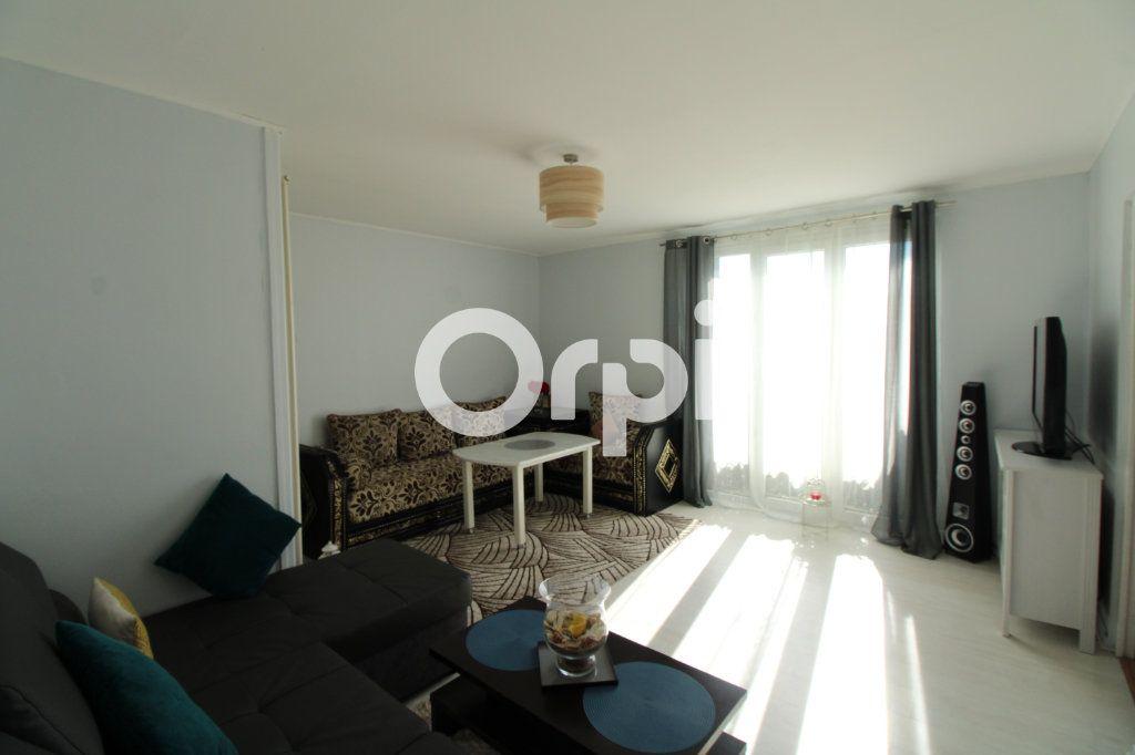 Appartement à vendre 3 56.65m2 à Mantes-la-Jolie vignette-1