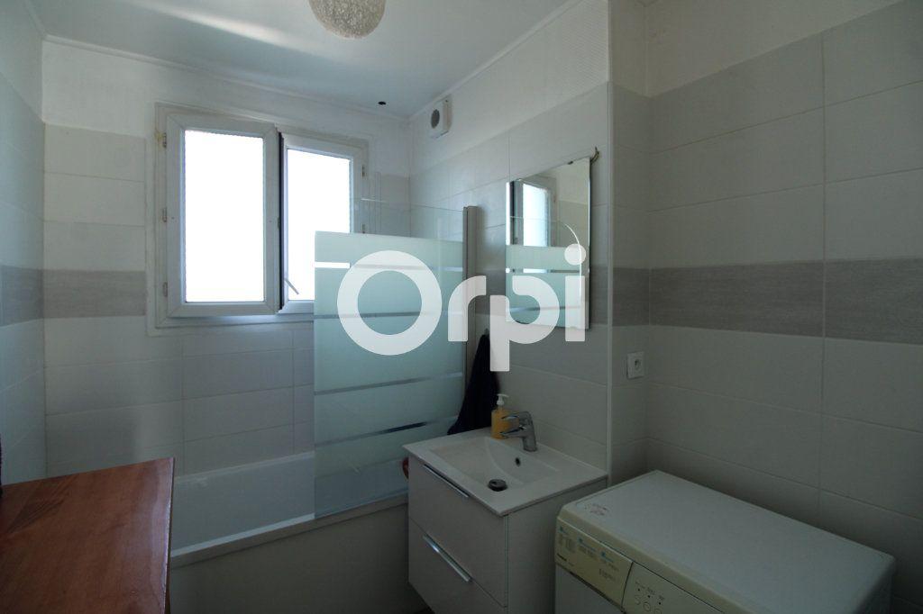 Appartement à vendre 3 56.65m2 à Mantes-la-Jolie vignette-2