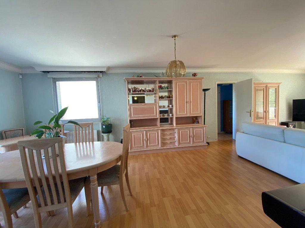 Appartement à vendre 4 86.09m2 à Mantes-la-Jolie vignette-2