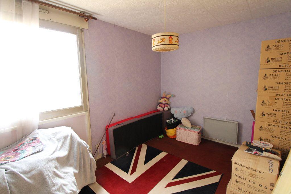 Appartement à vendre 4 86.09m2 à Mantes-la-Jolie vignette-9