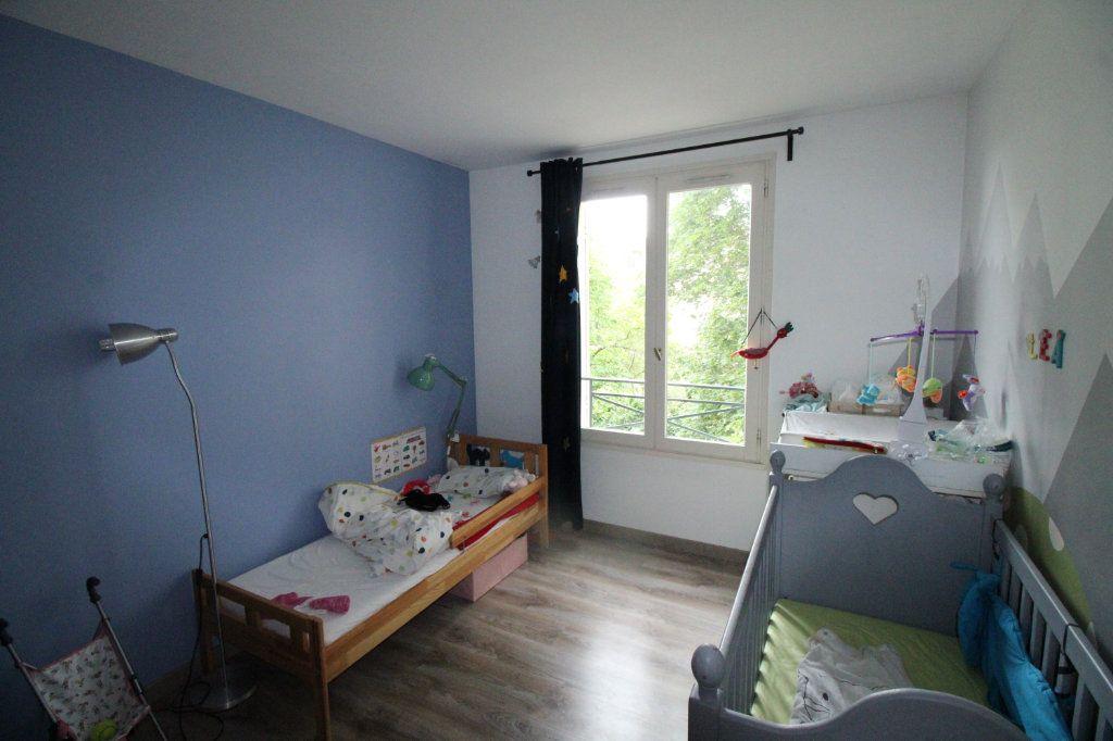Appartement à vendre 4 81.45m2 à Mantes-la-Jolie vignette-4