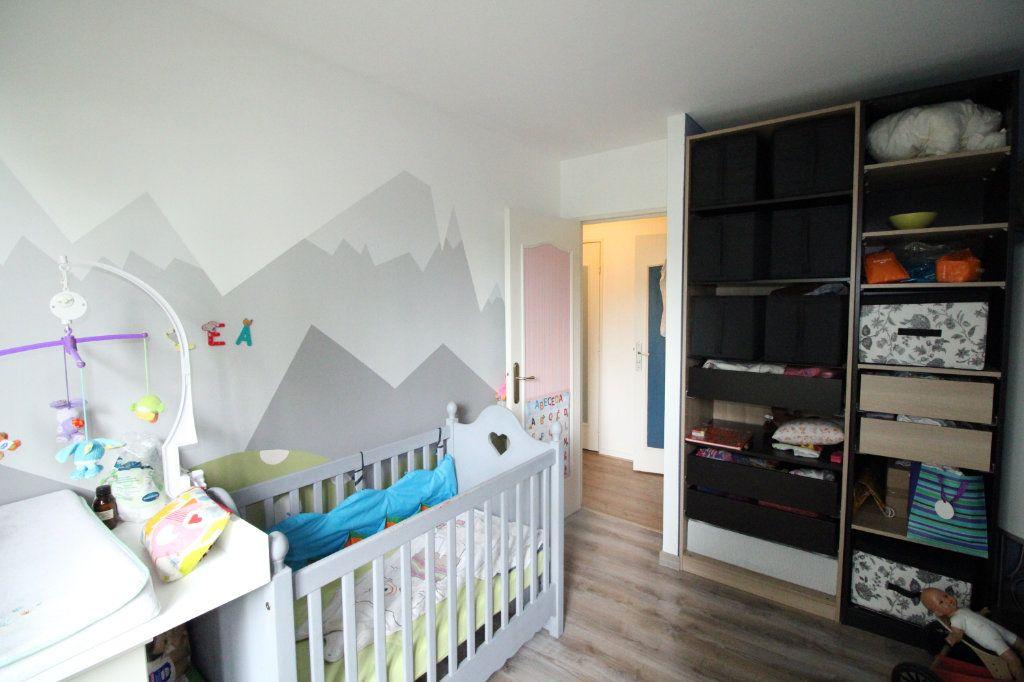 Appartement à vendre 4 81.45m2 à Mantes-la-Jolie vignette-5