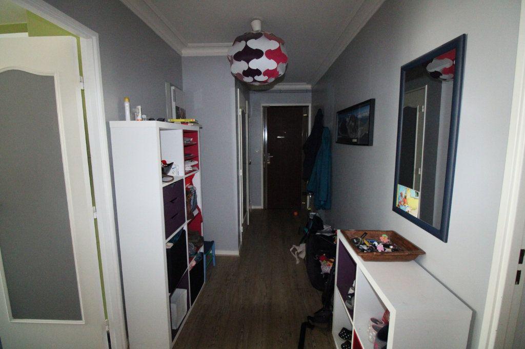 Appartement à vendre 4 81.45m2 à Mantes-la-Jolie vignette-9