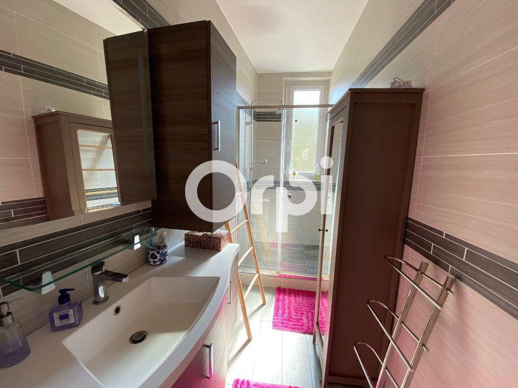 Maison à vendre 6 120m2 à Mantes-la-Jolie vignette-6