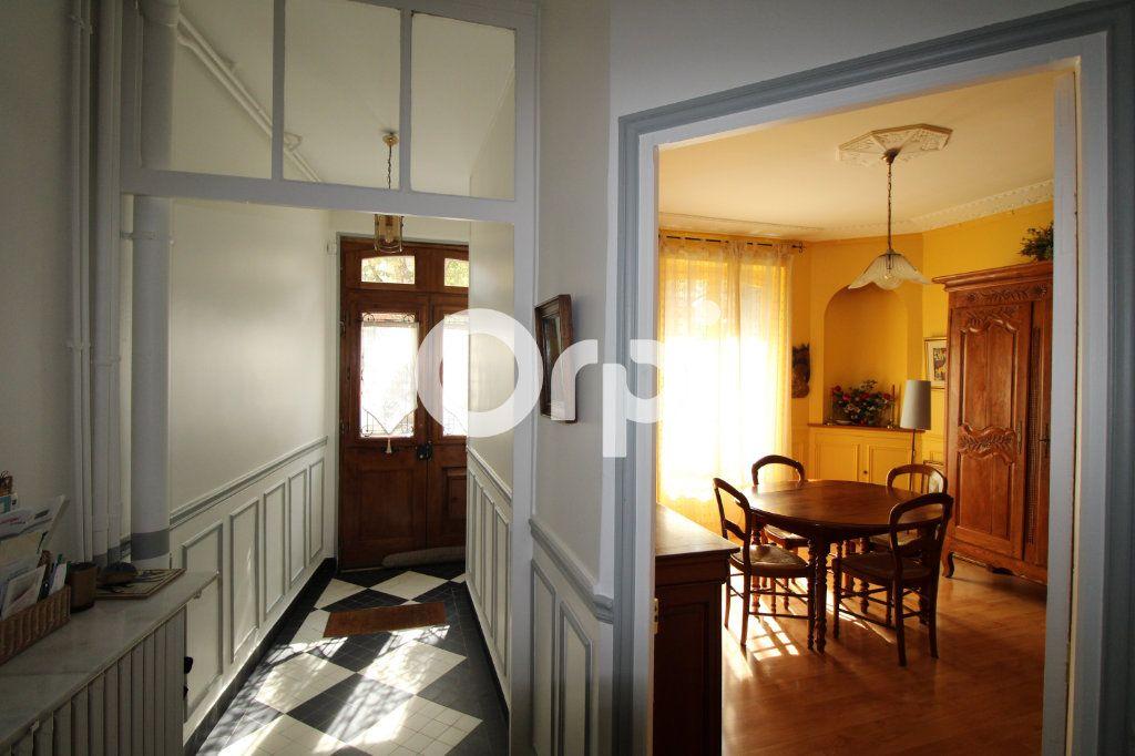 Maison à vendre 6 120m2 à Mantes-la-Jolie vignette-8