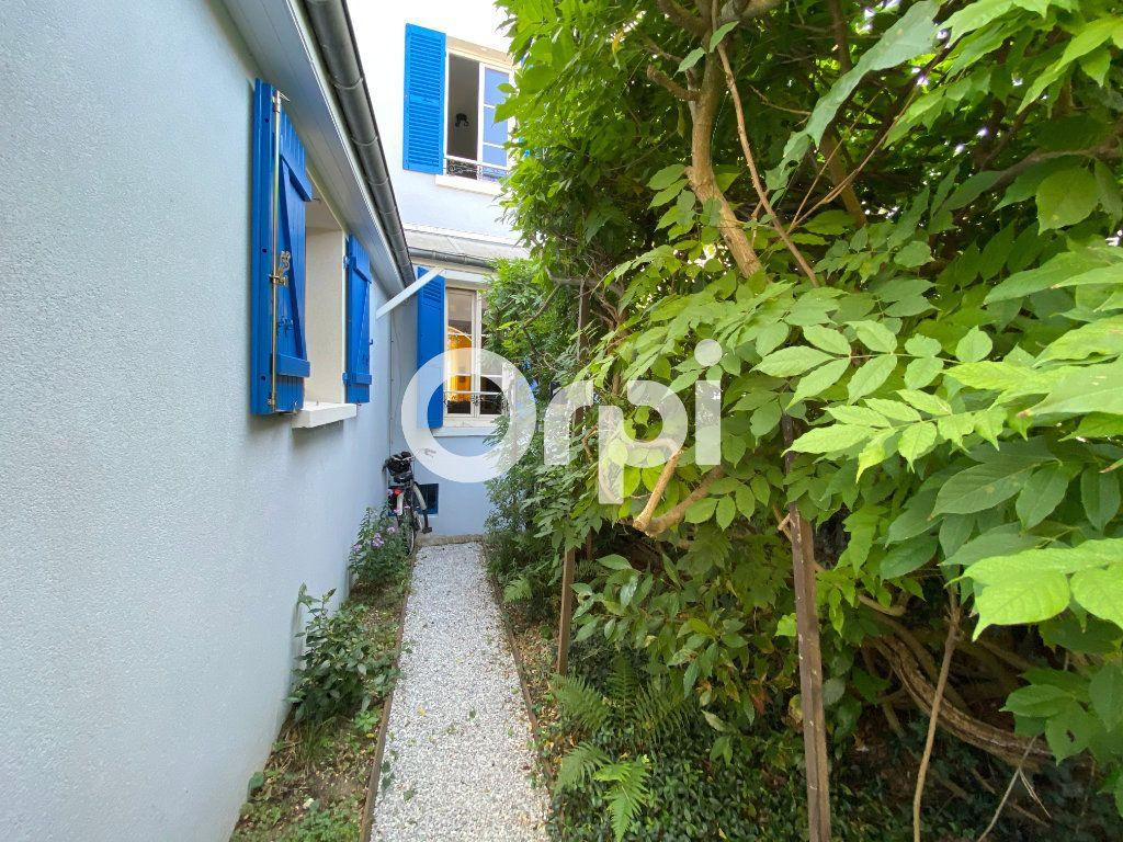 Maison à vendre 6 120m2 à Mantes-la-Jolie vignette-9