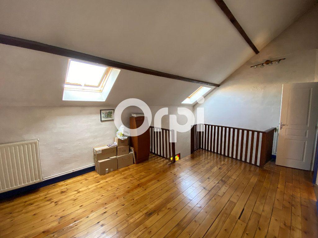 Maison à vendre 6 120m2 à Mantes-la-Jolie vignette-11