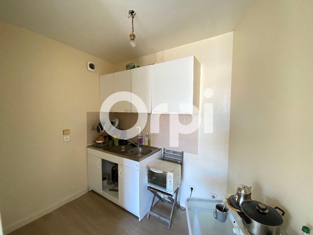 Appartement à vendre 2 49.29m2 à Mantes-la-Jolie vignette-2