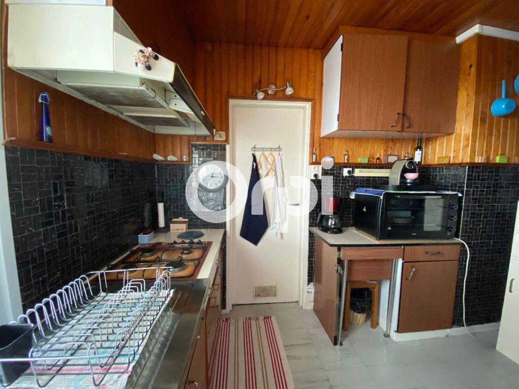 Appartement à vendre 4 67.23m2 à Mantes-la-Jolie vignette-2