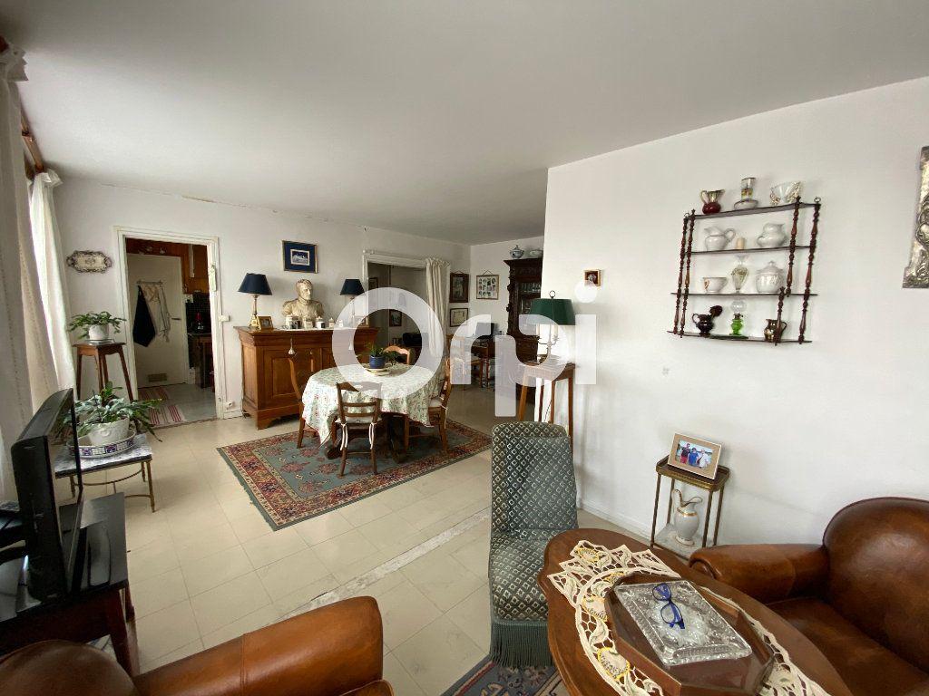 Appartement à vendre 4 67.23m2 à Mantes-la-Jolie vignette-8