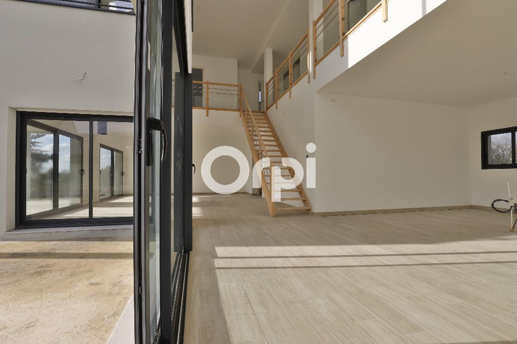 Maison à vendre 8 260m2 à Saint-Martin-la-Garenne vignette-4