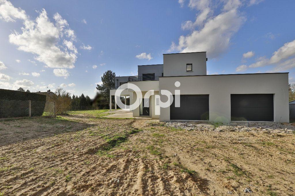 Maison à vendre 8 260m2 à Saint-Martin-la-Garenne vignette-5