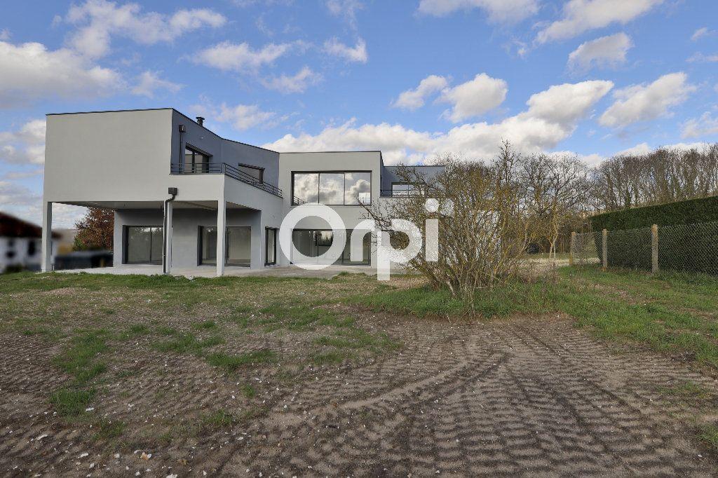 Maison à vendre 8 260m2 à Saint-Martin-la-Garenne vignette-7