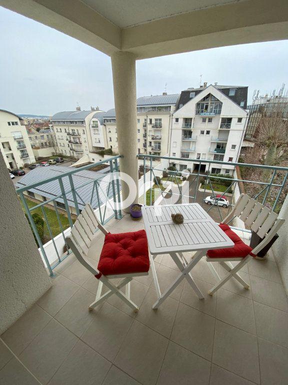 Appartement à vendre 3 69.62m2 à Mantes-la-Jolie vignette-1