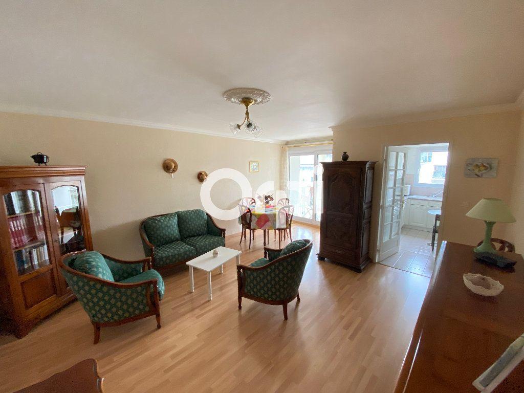 Appartement à vendre 3 69.62m2 à Mantes-la-Jolie vignette-4