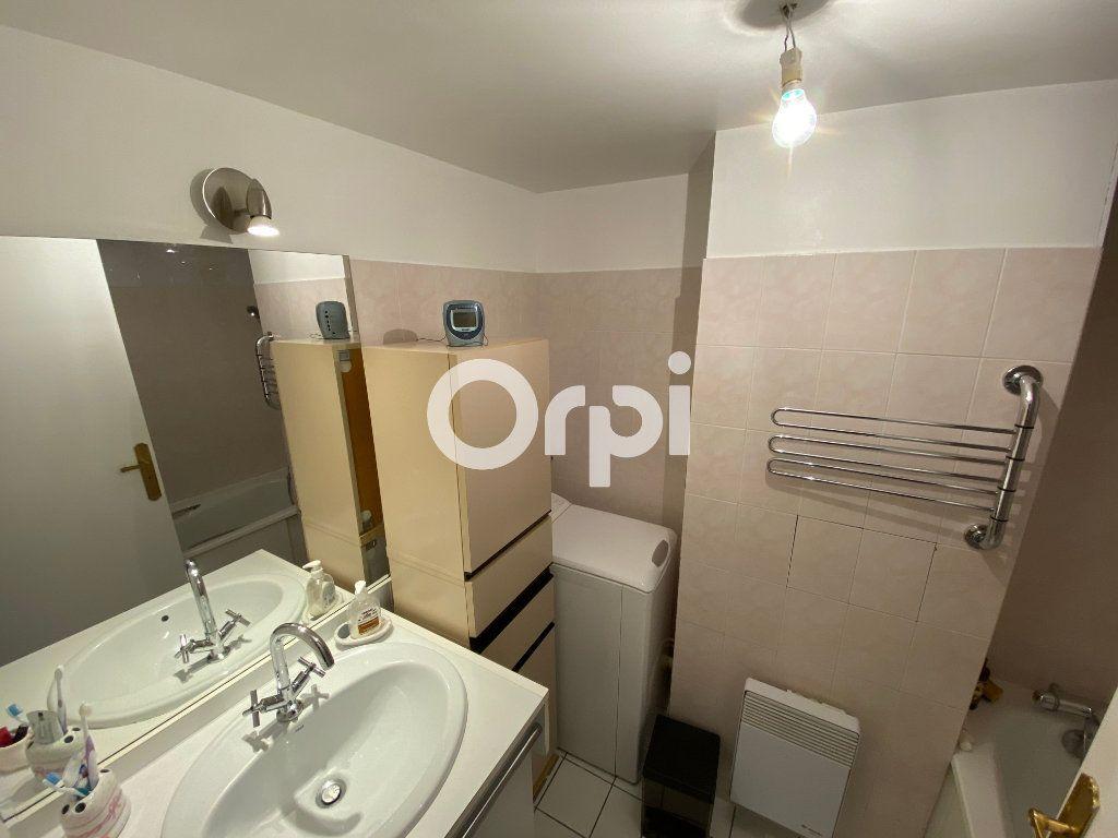 Appartement à vendre 3 69.62m2 à Mantes-la-Jolie vignette-5