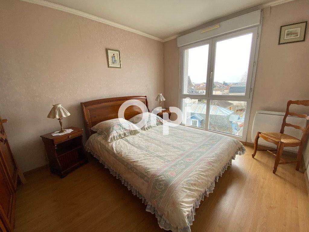 Appartement à vendre 3 69.62m2 à Mantes-la-Jolie vignette-6