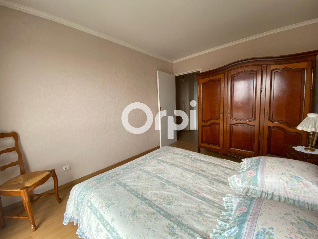 Appartement à vendre 3 69.62m2 à Mantes-la-Jolie vignette-7
