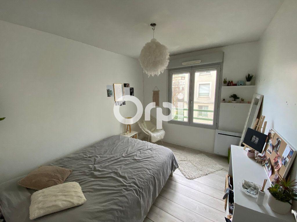 Appartement à vendre 3 62m2 à Mantes-la-Jolie vignette-5