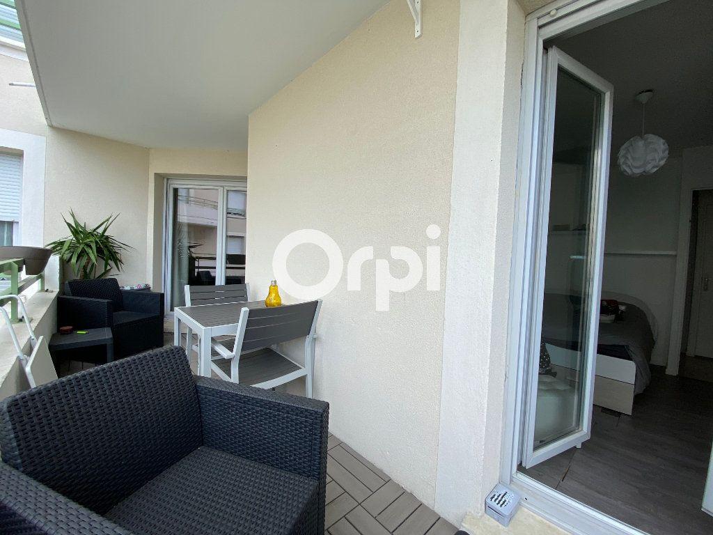 Appartement à vendre 3 62m2 à Mantes-la-Jolie vignette-8