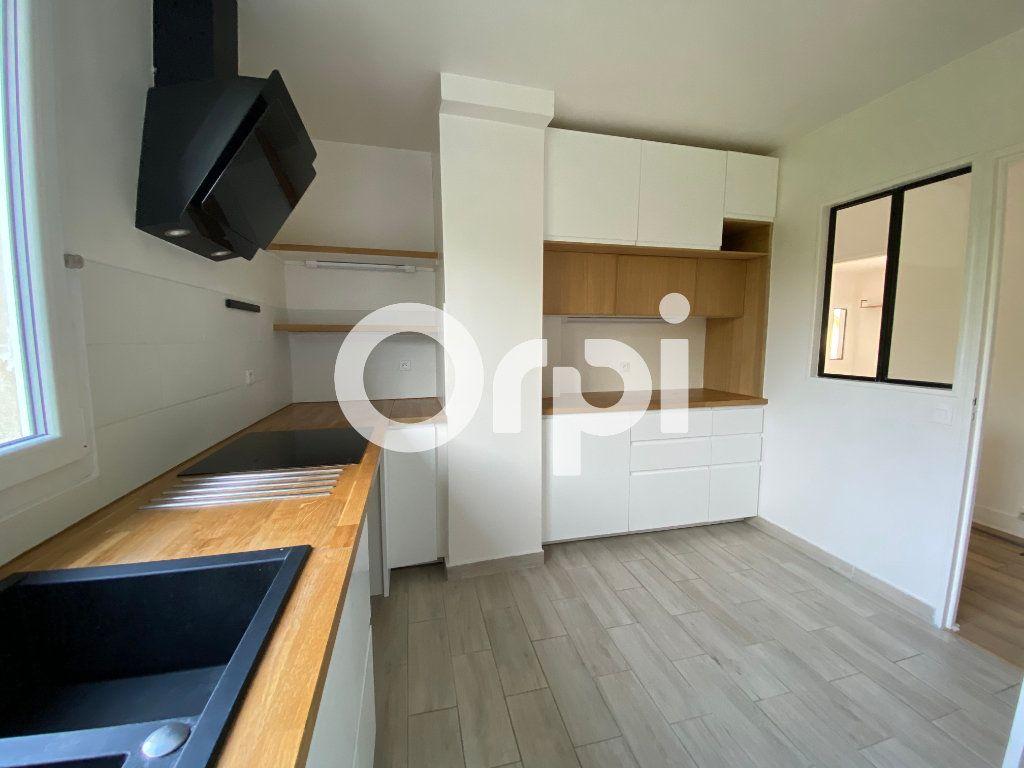 Appartement à vendre 3 74m2 à Mantes-la-Jolie vignette-3
