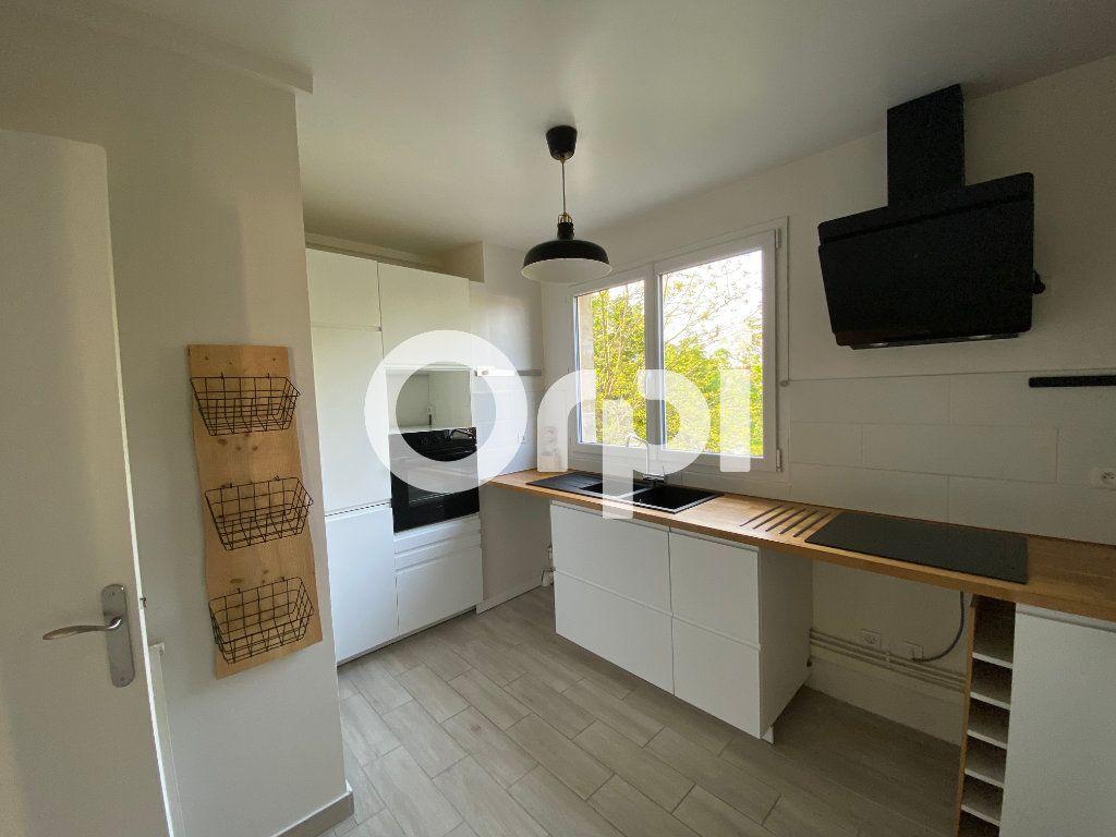 Appartement à vendre 3 74m2 à Mantes-la-Jolie vignette-5