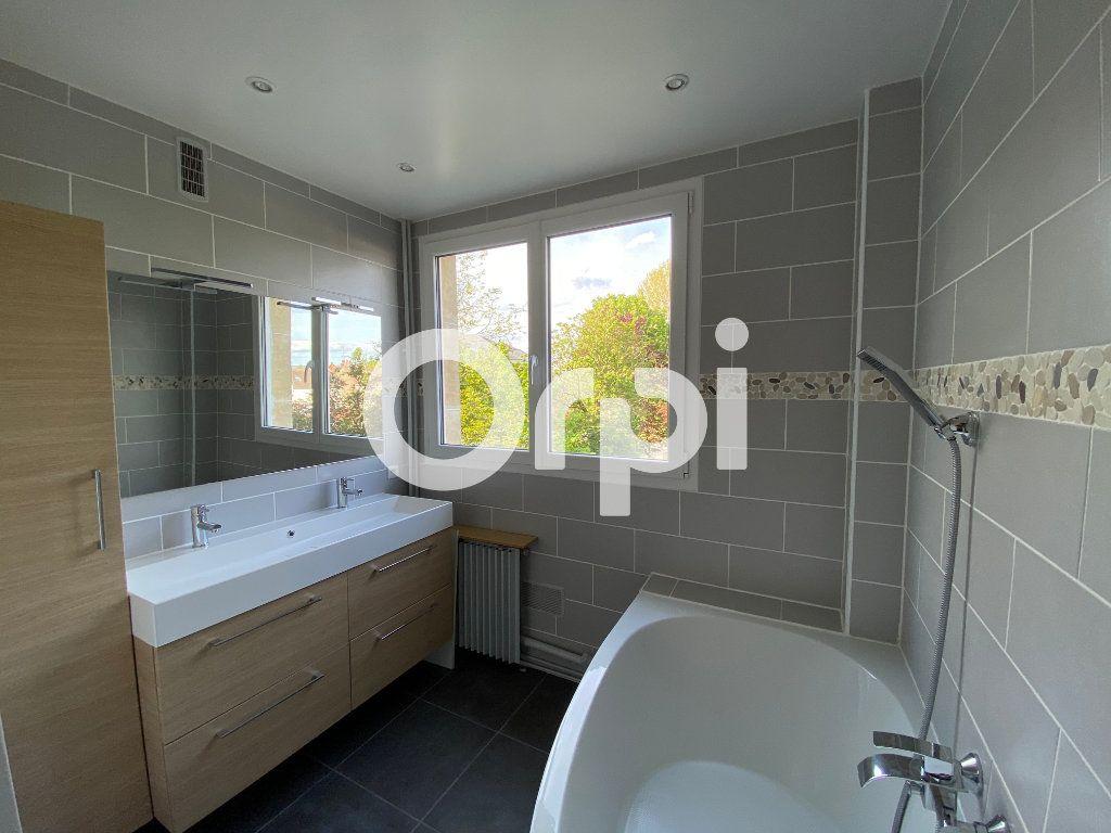 Appartement à vendre 3 74m2 à Mantes-la-Jolie vignette-7