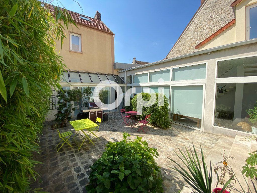 Maison à vendre 10 280m2 à Follainville-Dennemont vignette-3