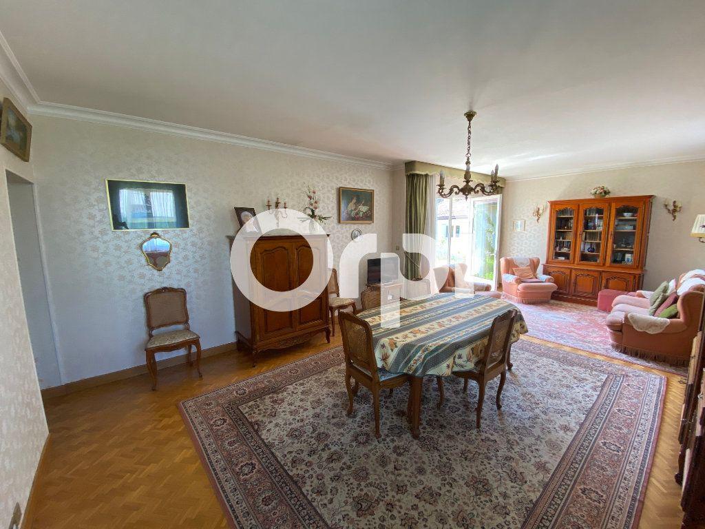 Maison à vendre 5 105m2 à Mantes-la-Jolie vignette-4