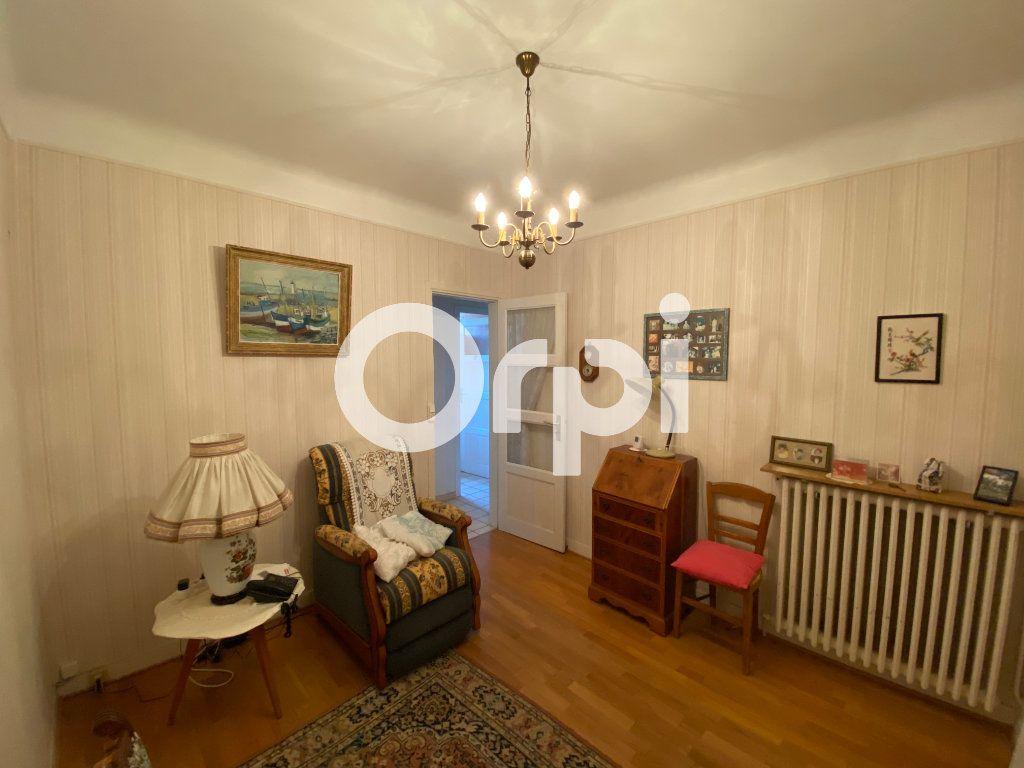 Maison à vendre 5 105m2 à Mantes-la-Jolie vignette-9