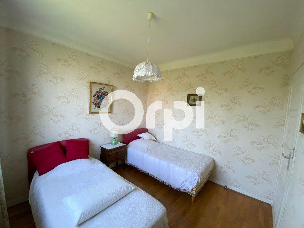 Maison à vendre 5 105m2 à Mantes-la-Jolie vignette-10