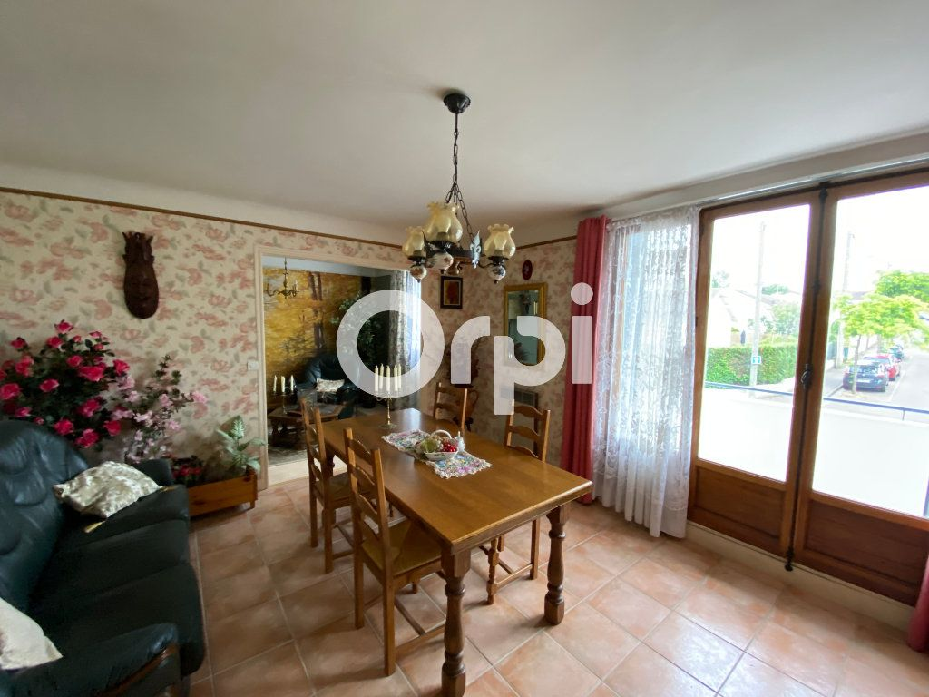 Appartement à vendre 4 69.16m2 à Mantes-la-Ville vignette-4