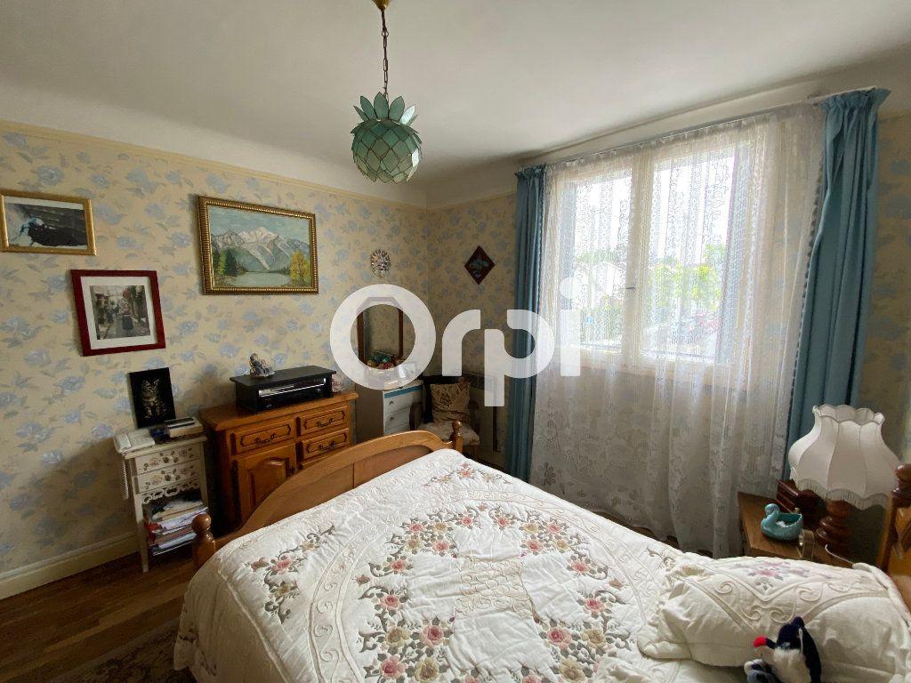 Appartement à vendre 4 69.16m2 à Mantes-la-Ville vignette-6