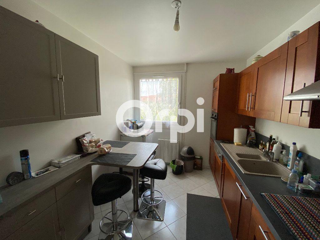 Appartement à vendre 4 78m2 à Mantes-la-Jolie vignette-8