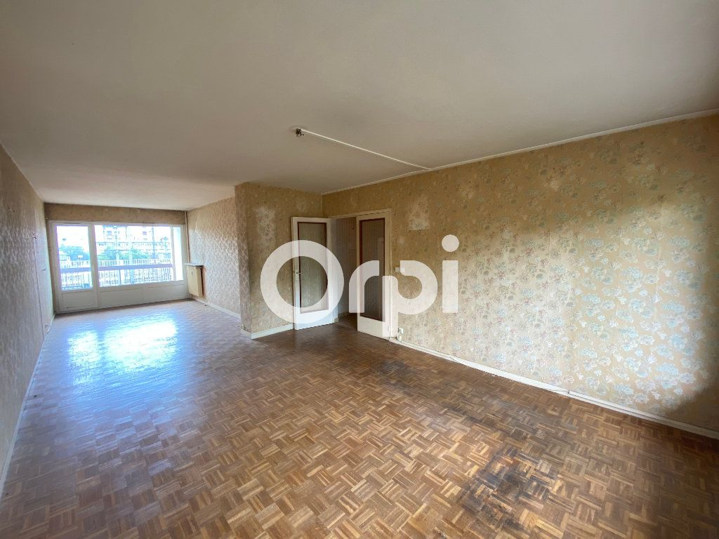 Appartement à vendre 3 70.47m2 à Mantes-la-Jolie vignette-2