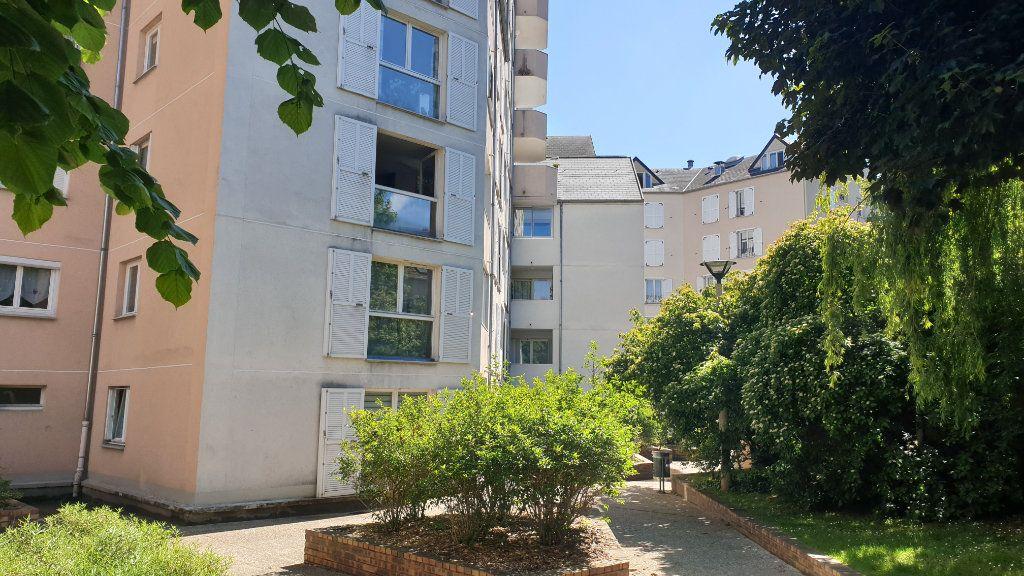 Appartement à vendre 3 68.6m2 à Sannois vignette-2