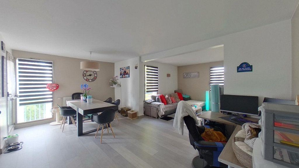 Appartement à vendre 4 79.57m2 à Sannois vignette-1