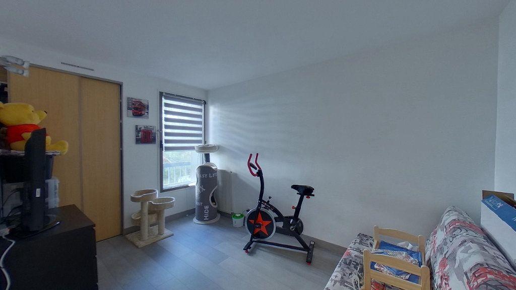 Appartement à vendre 4 79.57m2 à Sannois vignette-6