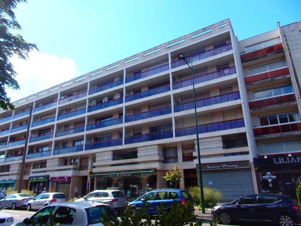 Appartement à vendre 4 76m2 à Sannois vignette-9