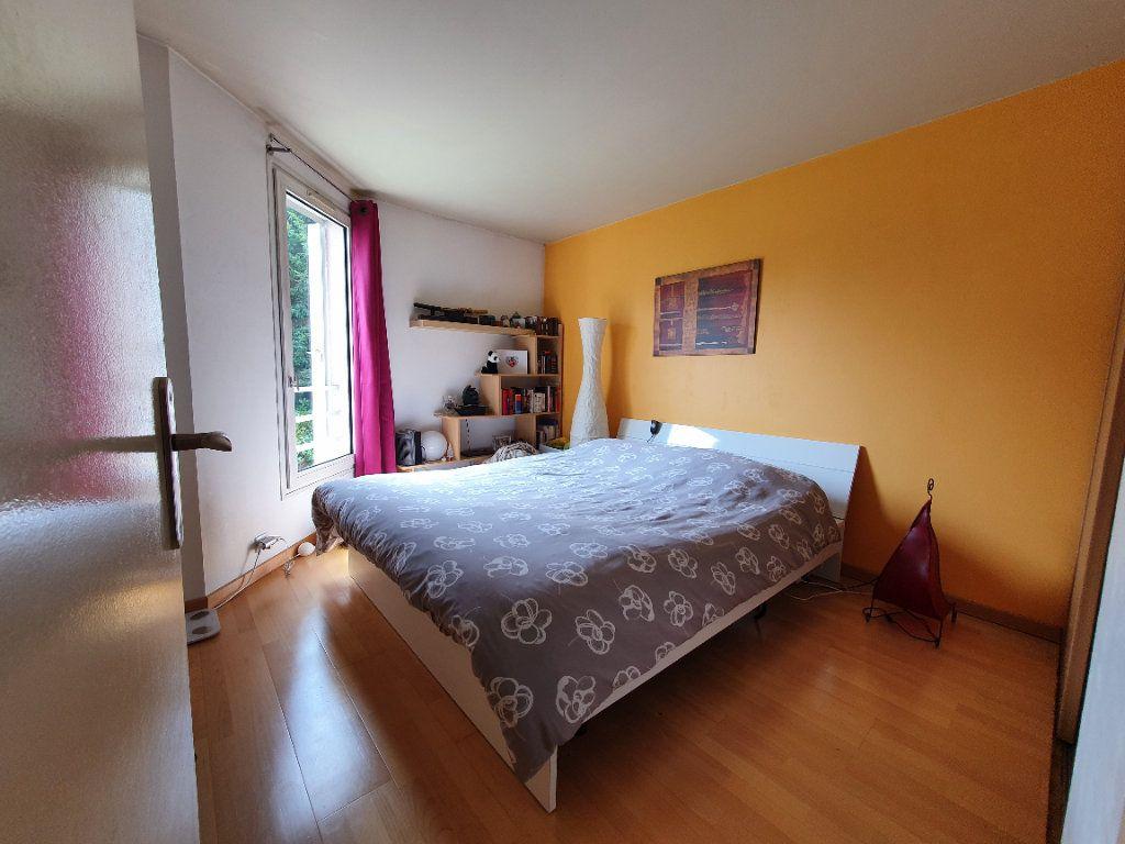 Appartement à vendre 4 82.37m2 à Sannois vignette-6