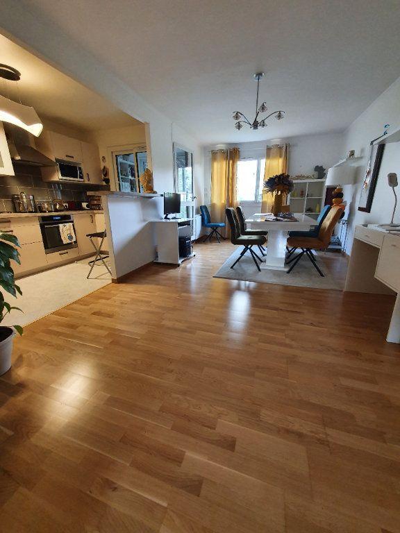 Appartement à vendre 5 98.11m2 à Sannois vignette-2