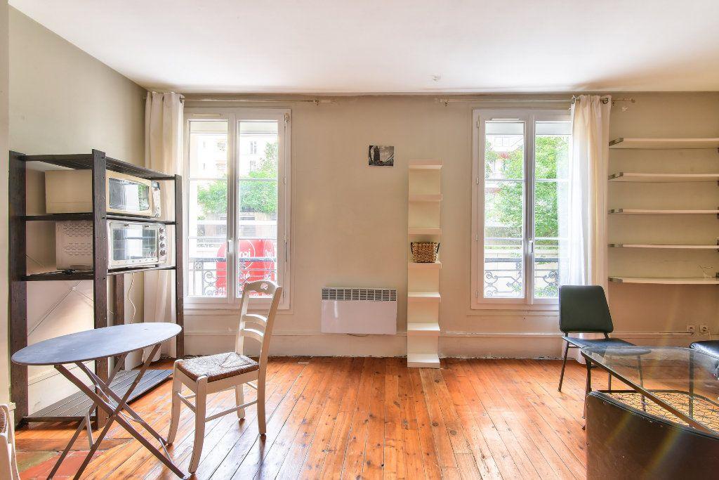 Appartement à louer 2 37.25m2 à Paris 18 vignette-2