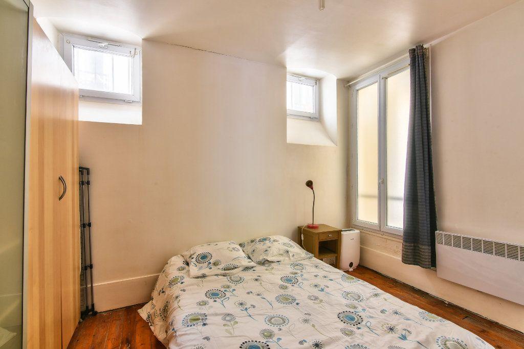 Appartement à louer 2 37.25m2 à Paris 18 vignette-7