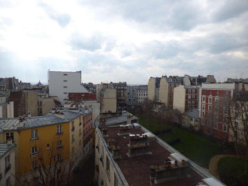 Appartement à louer 1 16.6m2 à Paris 18 vignette-9
