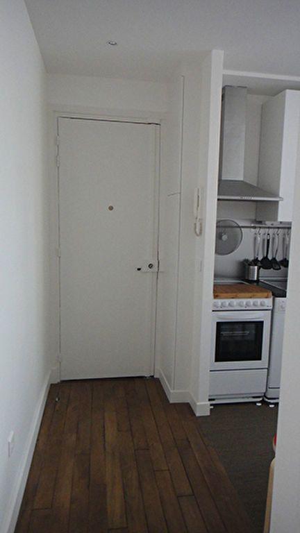 Appartement à louer 1 32.02m2 à Paris 17 vignette-5