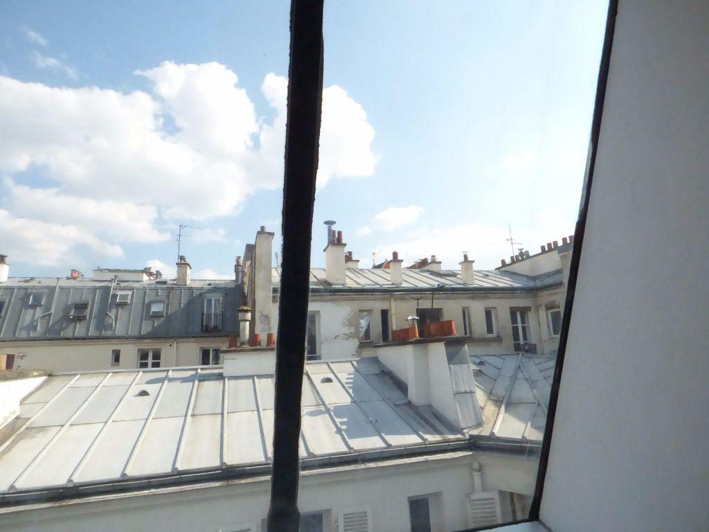 Appartement à louer 1 9m2 à Paris 17 vignette-7