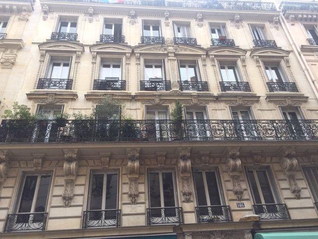 Appartement à louer 1 9m2 à Paris 17 vignette-8
