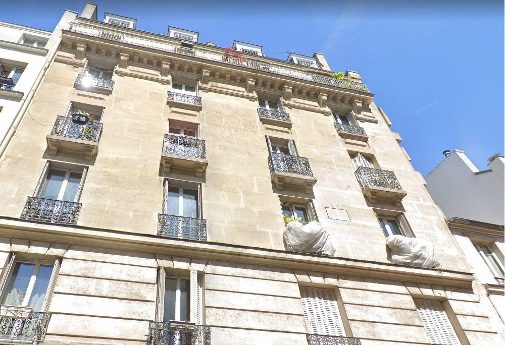 Appartement à louer 3 58m2 à Paris 10 vignette-1